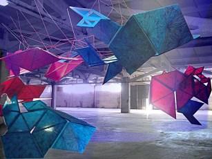 (Z)nZero di Pamela Ferri_proiezione olografica in uno spazio industriale a Sòfia