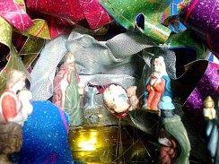 6-Da fogli di carta colorata_si crea il presepe di Natale_particolare